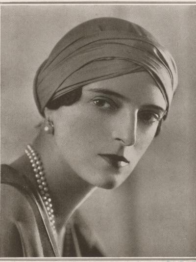 Princess Felix Youssoupoff--Photographic Print