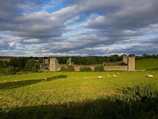 15th-century-walls-around-augustinian-monestary-kells-county-kilkenny-ireland