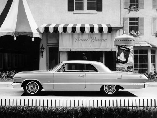 1963-chevrolet-impala-sport-coupe-c1963