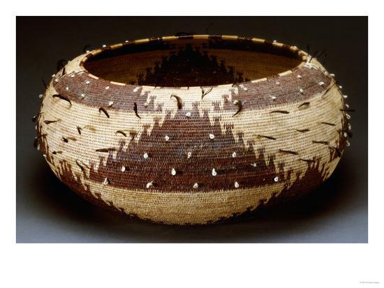 a-fine-and-large-pomo-gift-basket-of-willow