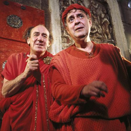 a-funny-thing-happened-on-the-way-to-the-forum-michael-hordern-zero-mostel-1966
