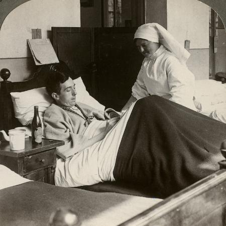 a-soldier-writing-a-letter-in-hospital-world-war-i-1914-1918