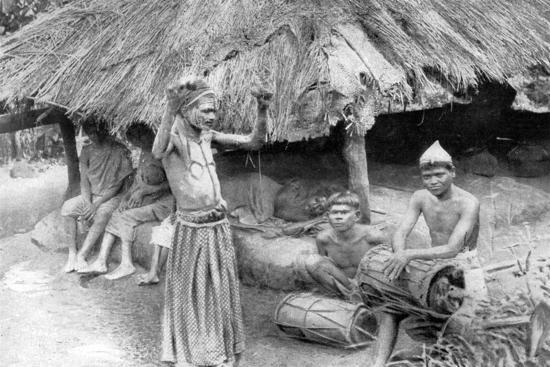 a-sorcerer-ejecting-a-spirit-from-a-sick-man-in-south-india-1926