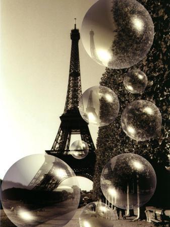 abdul-kadir-audah-the-eiffel-tower-with-bubbles