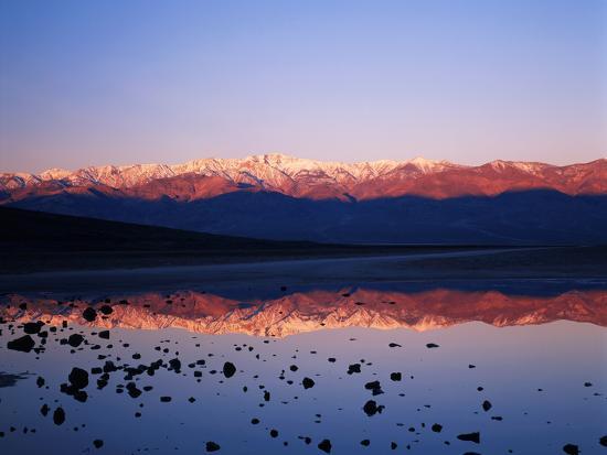 adam-jones-badwater-mojave-desert-death-valley-national-park-california-usa
