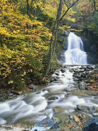 adam-jones-moss-glen-falls-in-autumn-granvillie-vermont-usa