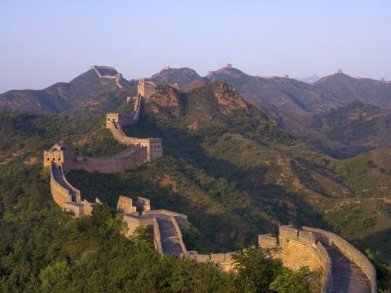adam-tall-the-great-wall-near-jing-hang-ling-unesco-world-heritage-site-beijing-china