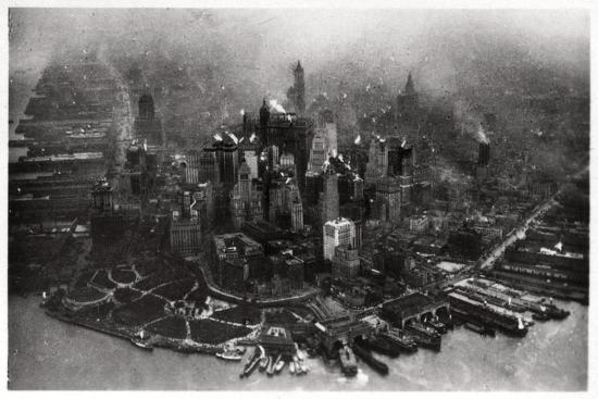 aerial-view-of-manhattan-new-york-city-usa-from-a-zeppelin-1928
