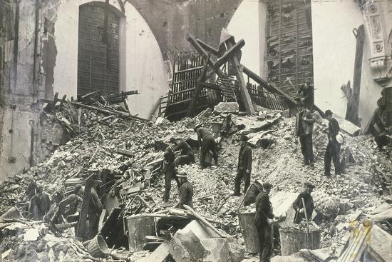 air-raid-damage-at-church-of-st-mildred-bread-street-city-of-london-c1941