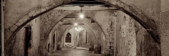 alan-blaustein-passageway-france-1