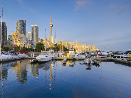 alan-copson-canada-ontario-toronto-marina-quay-west-skyline-with-cn-tower