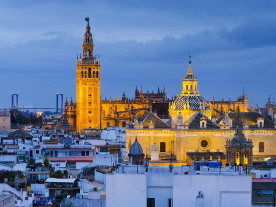 alan-copson-spain-andalucia-seville-province-seville-cathedral-of-seville-the-giralda-tower
