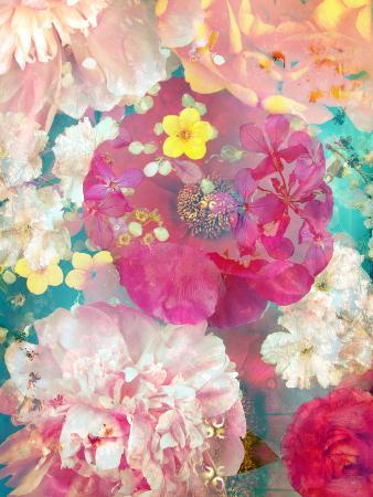alaya-gadeh-composing-of-blossoms