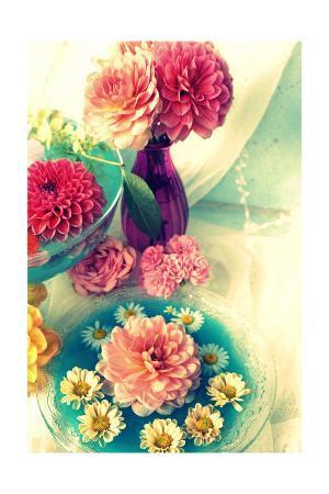alaya-gadeh-loevly-table-blossomsiv