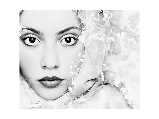 alaya-gadeh-snow-queen