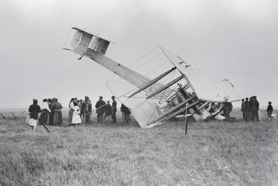 alcock-and-brown-s-aircraft-crash-landed-in-derrygimla-bog
