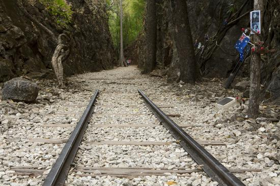 alex-robinson-hellfire-pass-museum-on-the-infamous-thai-burmese-death-railway