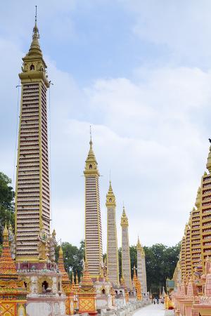 alex-robinson-thanboddhay-thambuddhei-paya-buddhist-temple-monywa-sagaing-myanmar-burma-southeast-asia