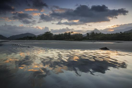 alex-saberi-a-reflective-sunset-on-praia-itamambuca-ubatuba-brazil