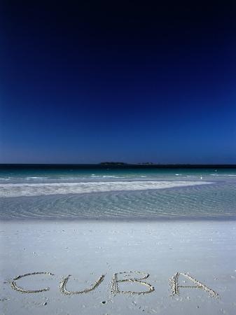 alfredo-maiquez-white-sand-beach-at-cayo-coco-keys-ciego-de-avila-cuba