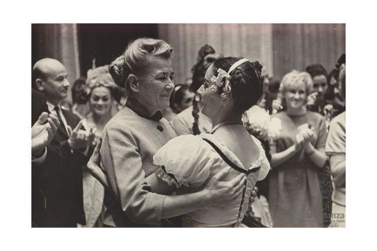 alicia-alonso-and-yekaterina-furtseva-1958