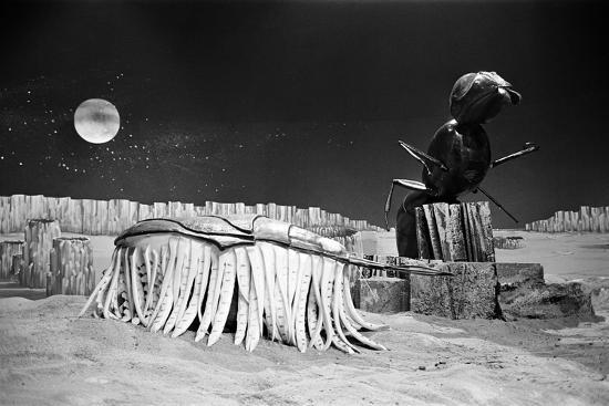 alisdair-macdonald-dr-who-the-web-planet-1965