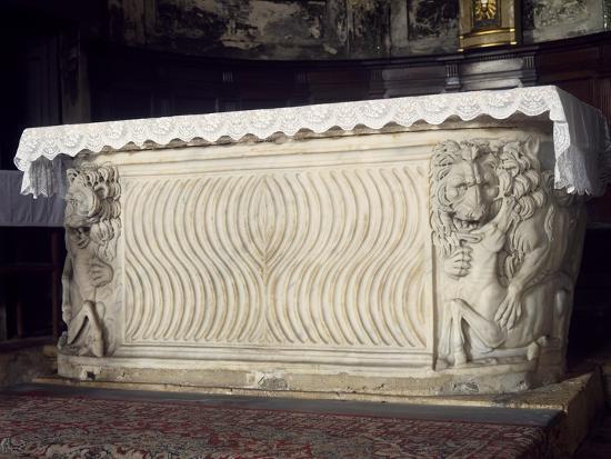 altar-st-ercolano-church-perugia-umbria-italy