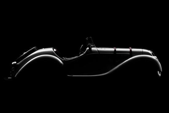 alvaro-perez-silhouette