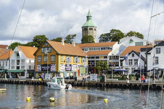 amanda-hall-stavanger-harbour-norway-scandinavia-europe