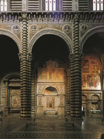 andrea-bregno-glimpse-of-the-left-aisle-with-piccolomini-altar-1481-1485