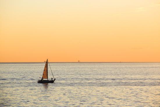 andrea-pavan-italy-friuli-venezia-giulia-trieste-boat-at-sunset