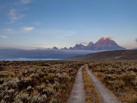 andrew-r-slaton-the-river-road-and-tetons-on-the-morning-light-grand-teton-national-park-wyoming