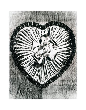 andy-warhol-heart-with-bow-c-1983