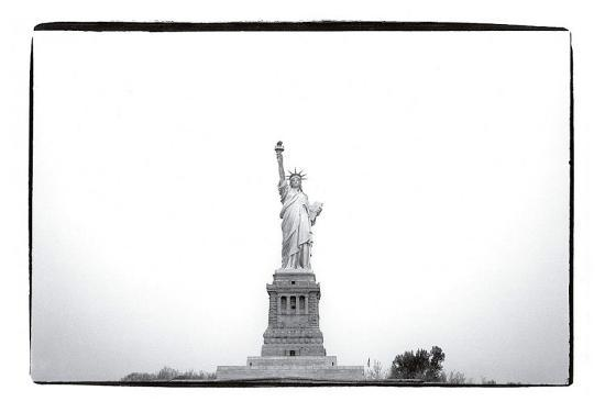 andy-warhol-statue-of-liberty-c-1982