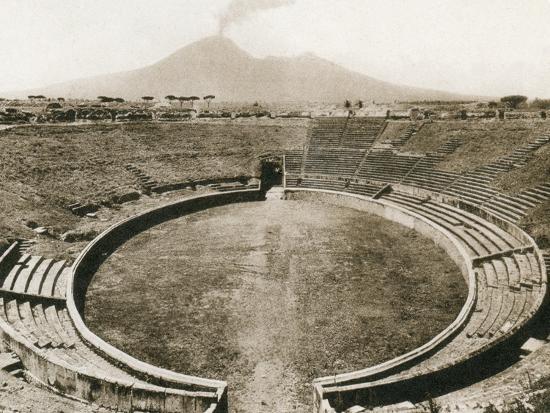 anfiteatro-pompeii-italy-c1900s