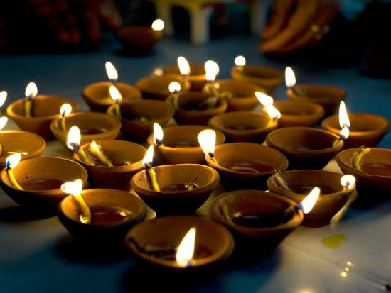 annie-owen-deepak-lights-oil-and-cotton-wick-candles-lit-to-celebrate-the-diwali-festival-india