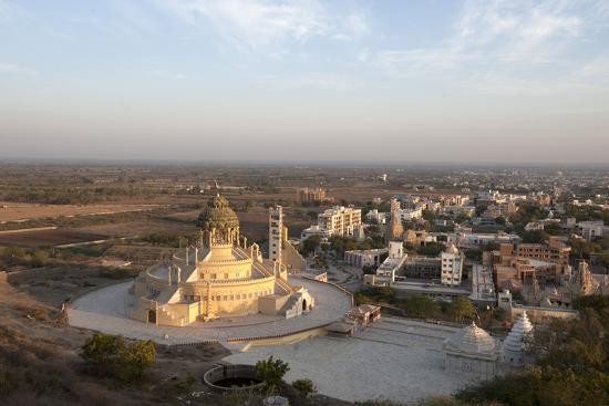 annie-owen-jain-temple-newly-constructed-at-the-foot-of-shatrunjaya-hill