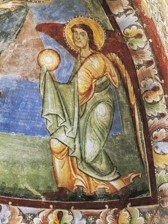 announcing-angel-hocheppan-chapel-eppan-an-der-weinstrasse