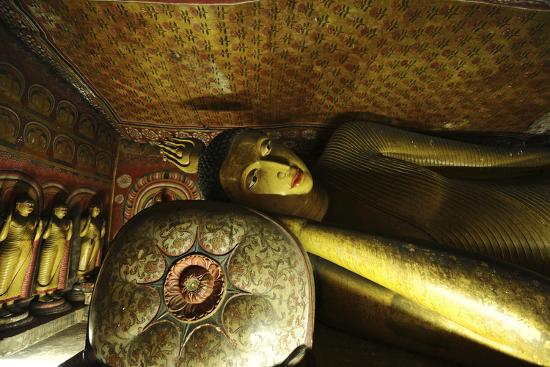 anthony-asael-sri-lanka-dambulla-dambulla-cave-temple-face-of-sleeping-buddha