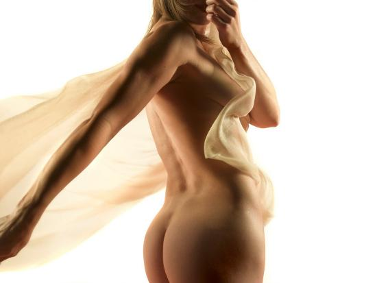 antonino-barbagallo-nude-woman-with-fabric