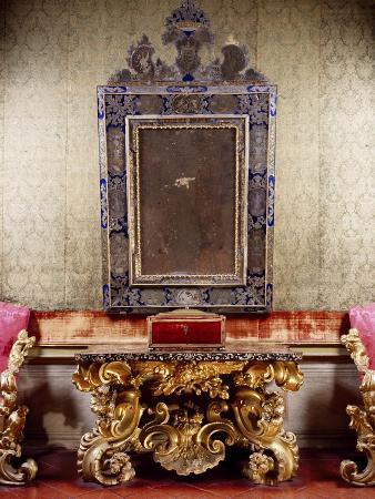 anzolo-busi-glimpse-of-nuptial-chamber-with-gilt-and-carved-wood-table-with-scrolls-depicting-eagle
