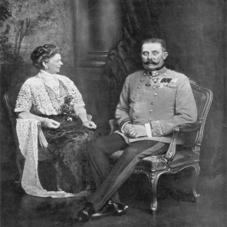 archduke-franz-ferdinand-of-austria-and-the-sophie-duchess-of-hohenberg-1914