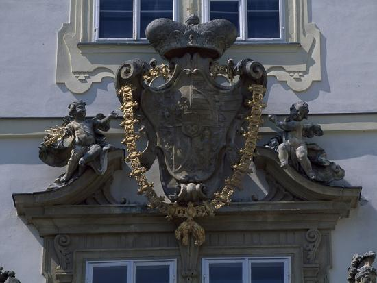 architectural-detail-from-valtice-castle