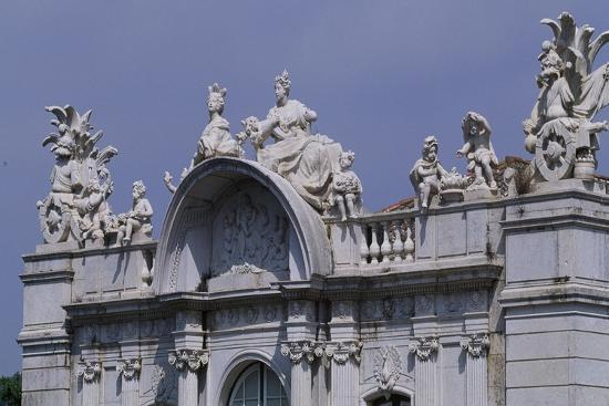 architectural-detail-of-queluz-national-palace-portugal