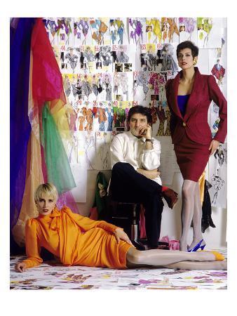 art-streiber-w-february-1990-emanuel-ungaro-with-models