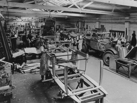 arthur-mulliner-s-coachbuilding-works-northampton-c1923