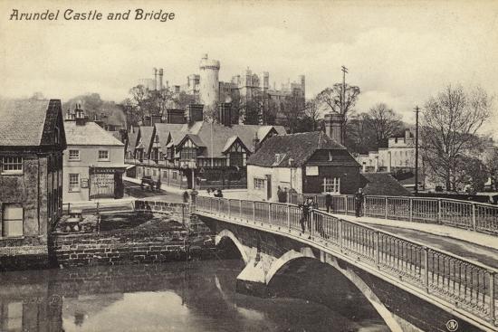 arundel-castle-and-bridge