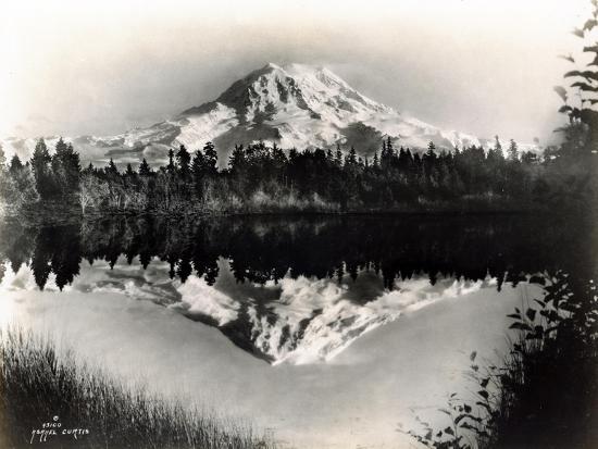 asahel-curtis-mount-rainier-from-spanaway-lake-1922