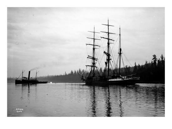 asahel-curtis-schooner-in-bay-circa-1912