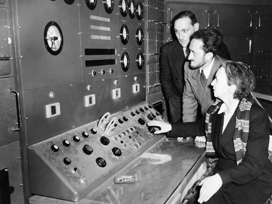 atomic-scientist-irene-curie-at-france-s-first-nuclear-reactor-in-1948
